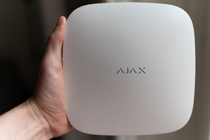 Ajax Systems huvudenhet